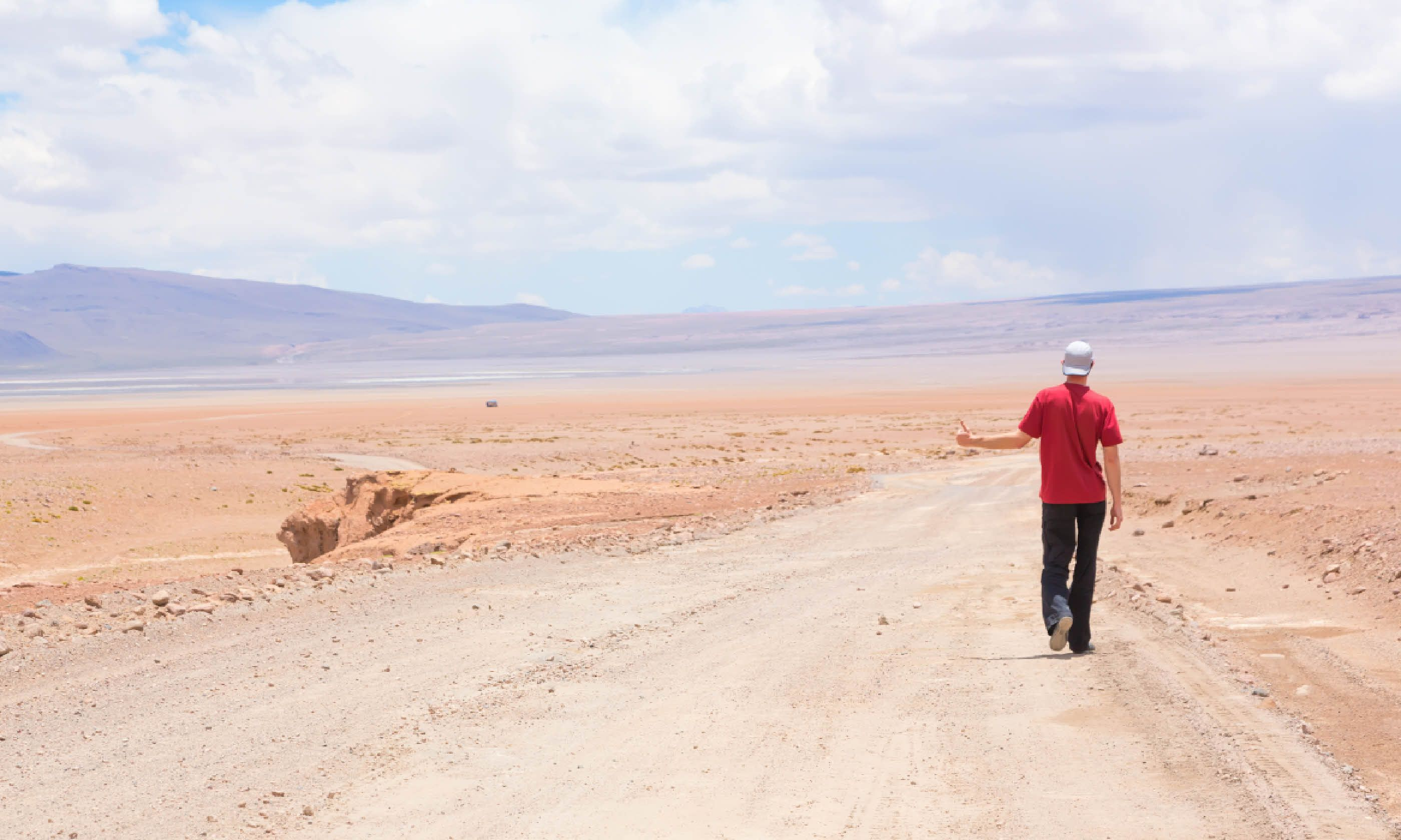 Hitchhiking in Bolivia (Dreamstime)