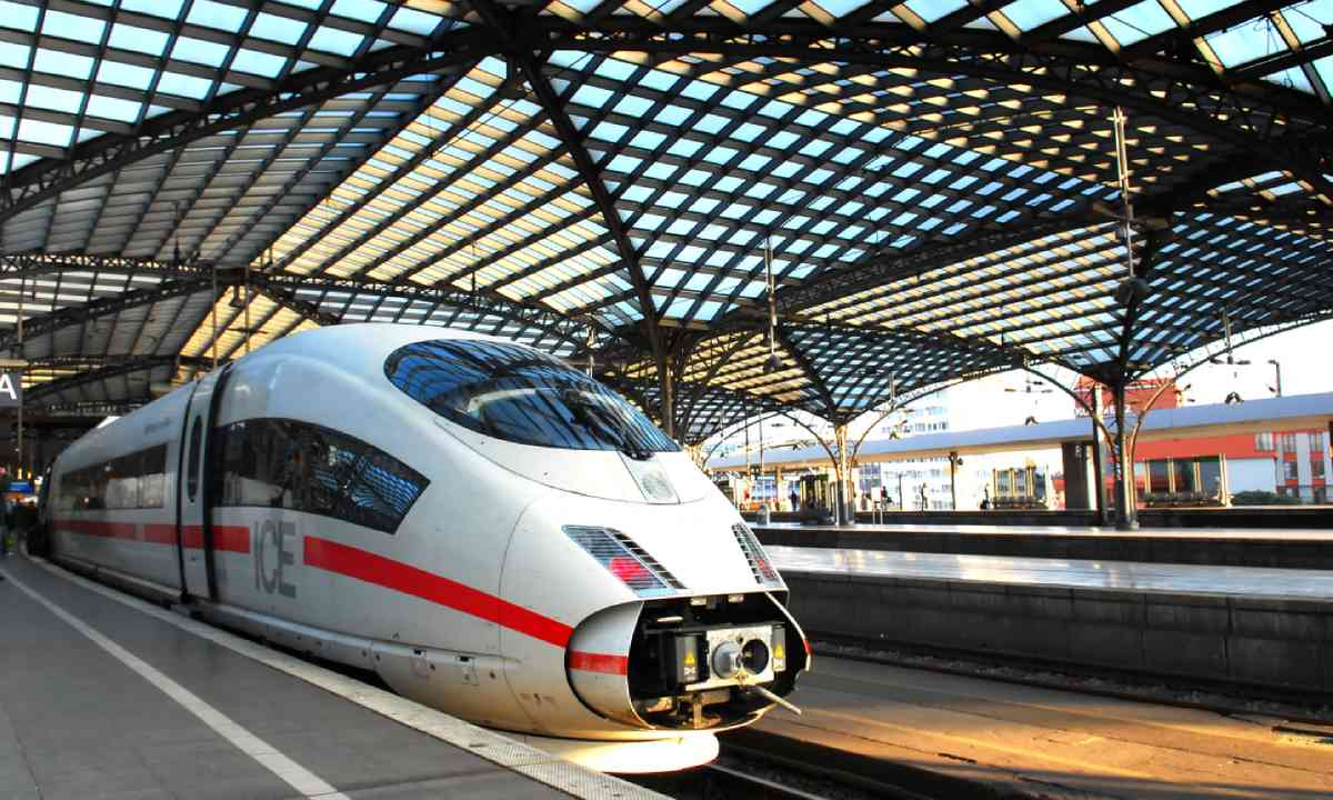 Train station in Cologne, Germany (Shutterstock)