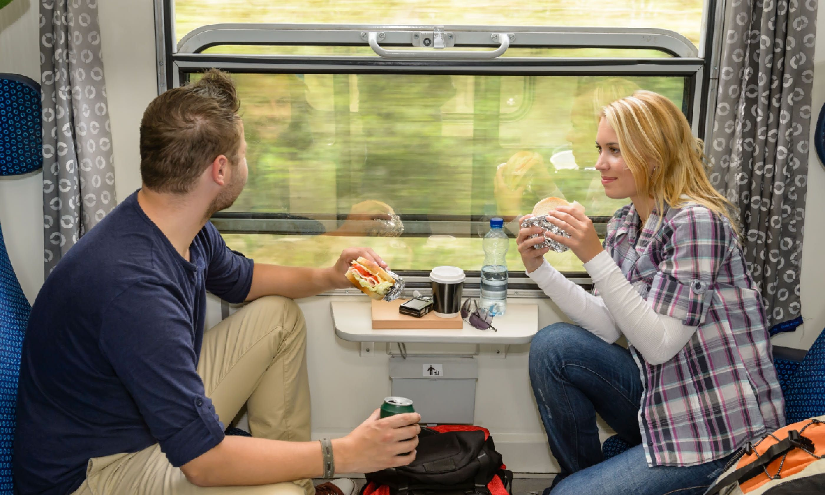 Eating a train picnic (Shutterstock)