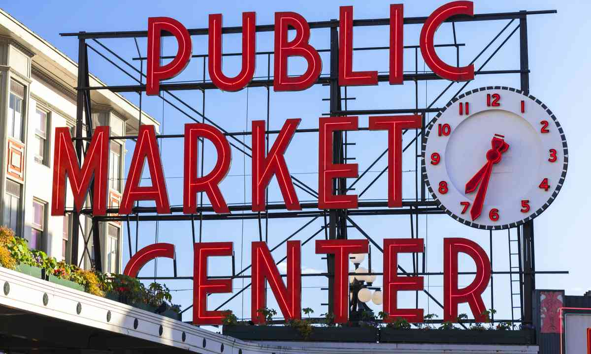 Public Market Center, Seattle (Dreamstime)