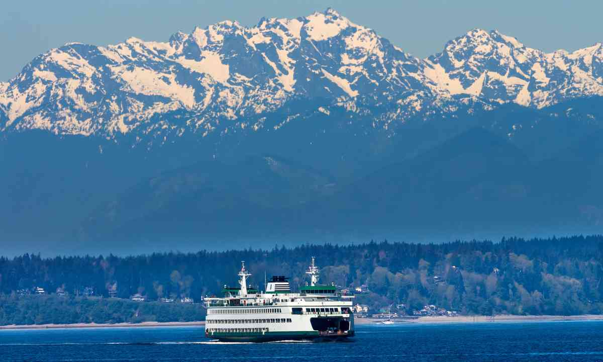 Seattle Bainbridge Island Ferry (Dreamstime)