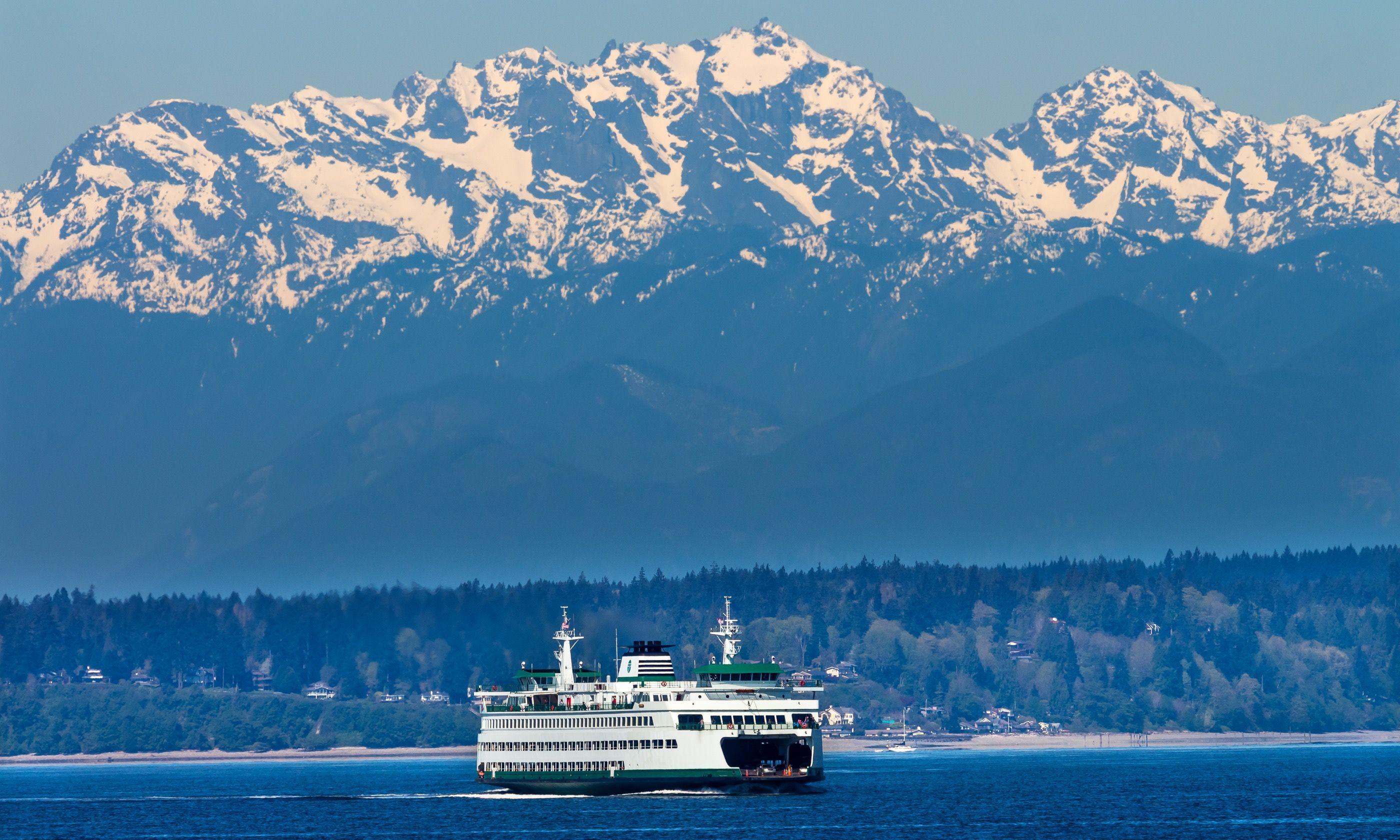 Seattle Bainbridge Island Ferry (Dreamstime)
