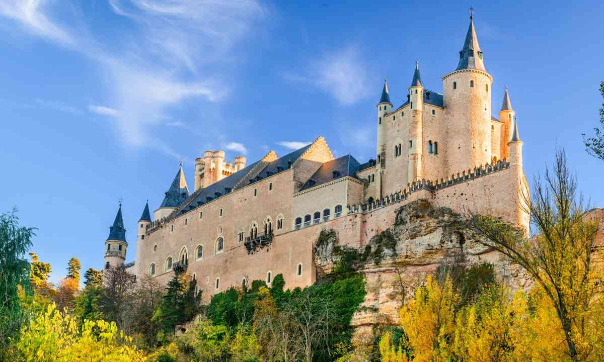 Ahoy! It's the Alcazar of Segovia (Dreamstime)
