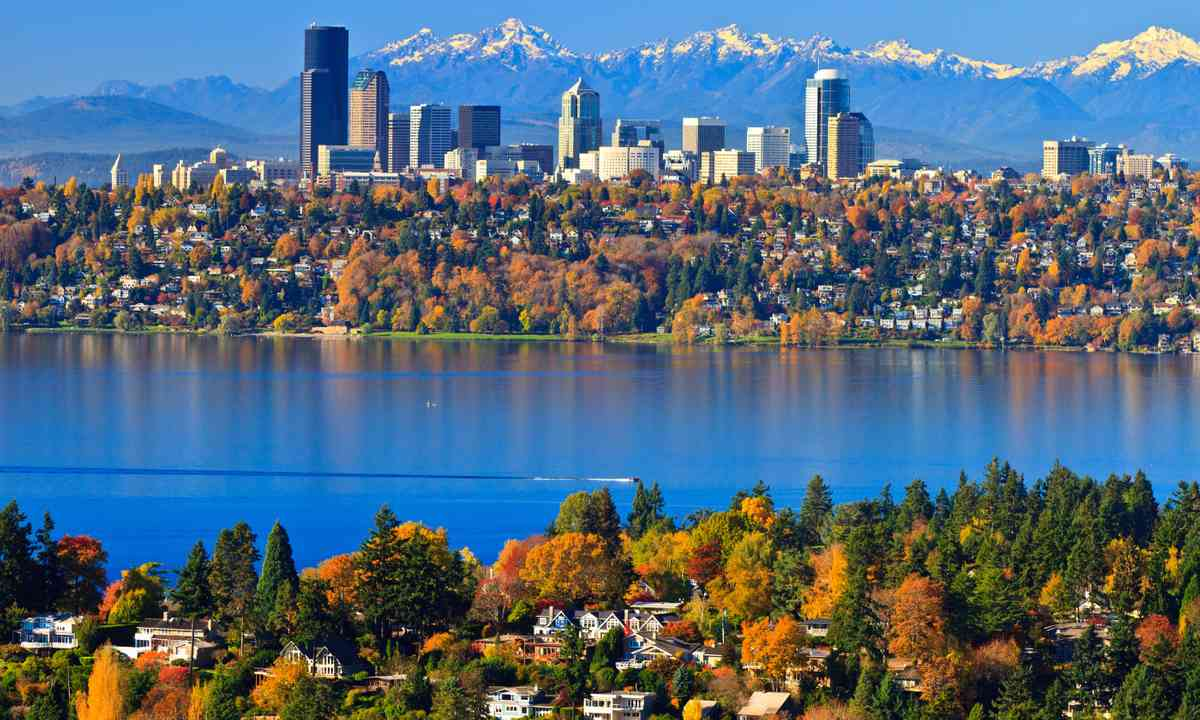 Autumn in Seattle (Dreamstime)
