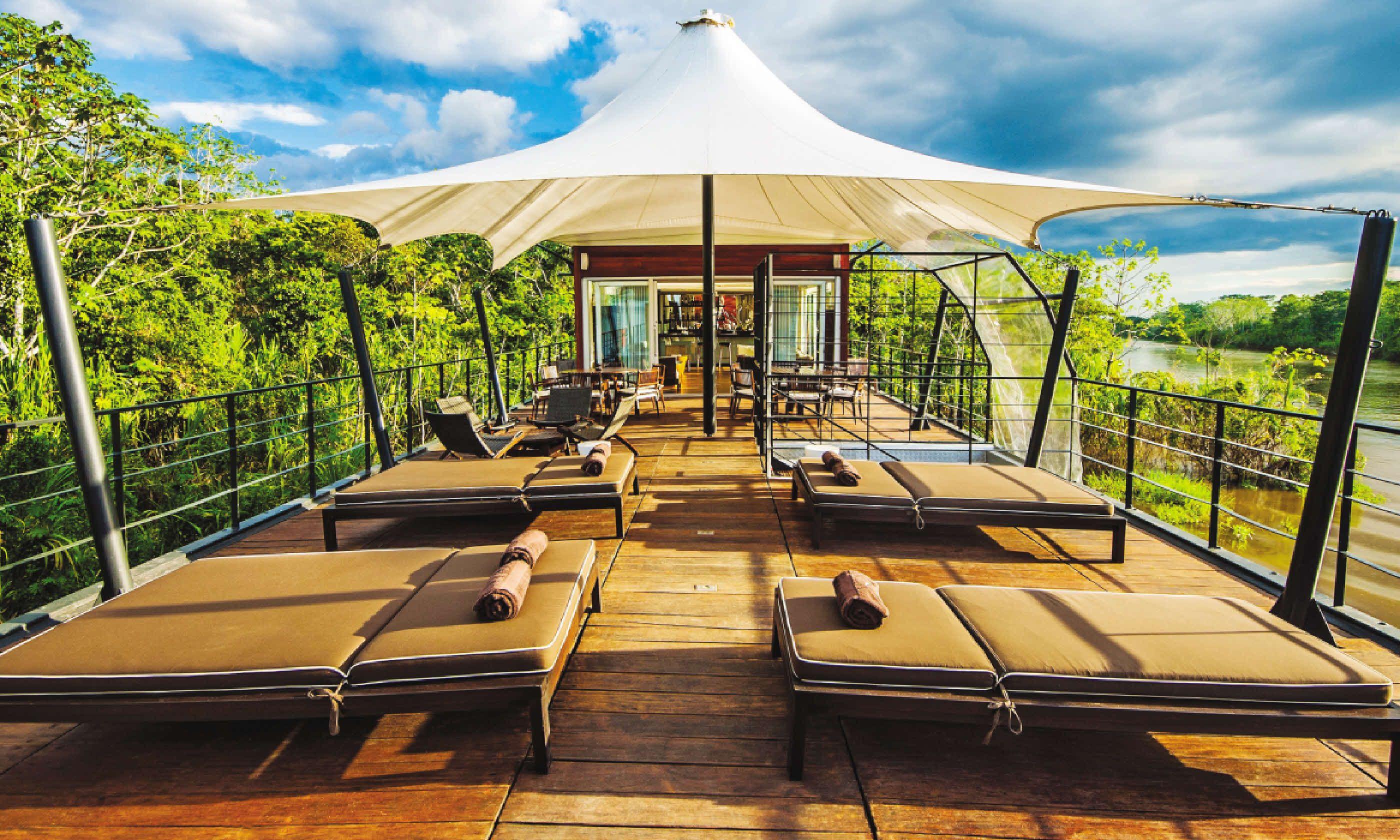 Aqua Amazon Outdoor Lounge