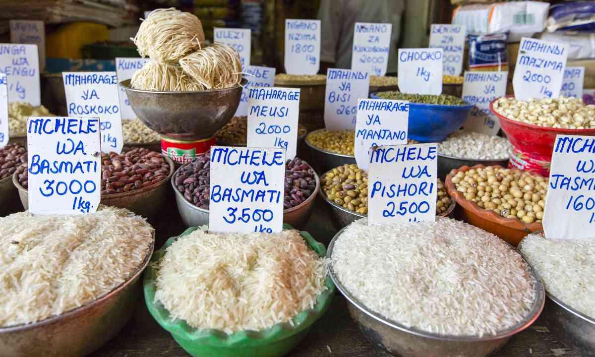 Traditional food market in Zanzibar (Shutterstock.com)