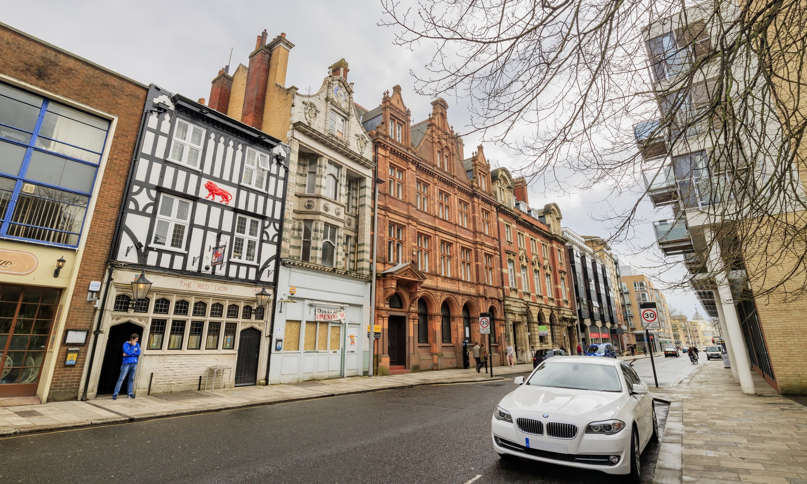 Old Street Southampton (Dreamstime)