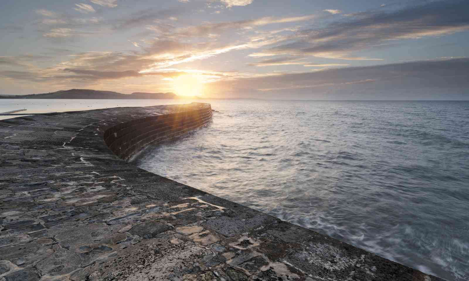 The Cobb at Lyme Regis (Dreamstime)