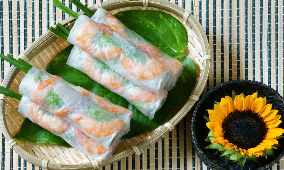 Goi cuon, a typical Vietnamese street food (Dreamstime)
