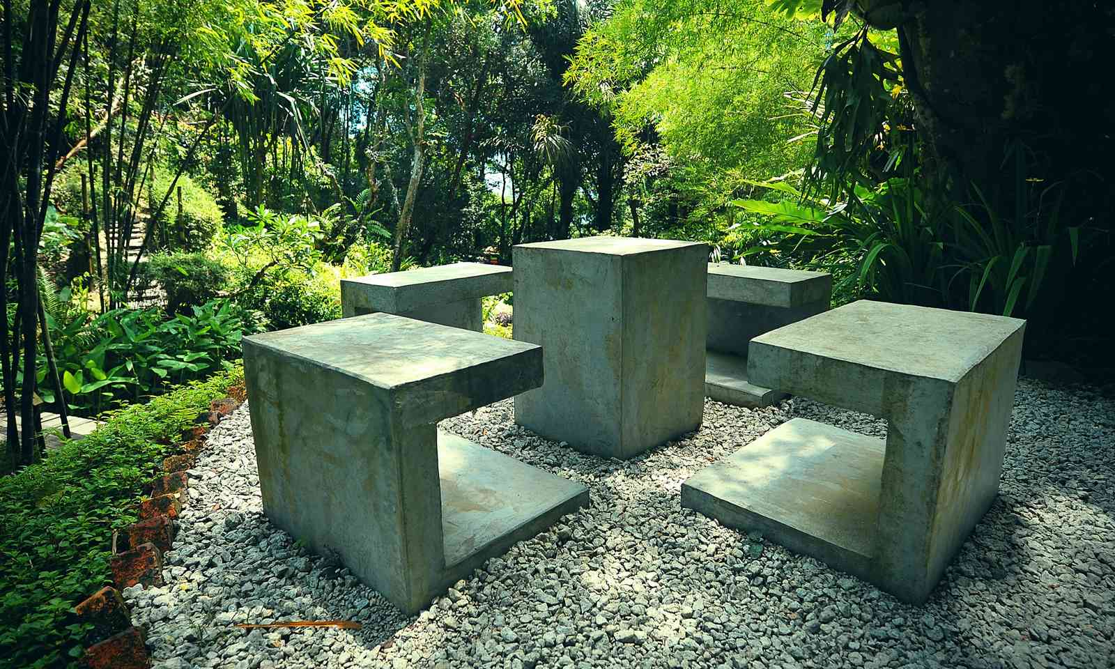 A hidden corner in the Tropical Spice Garden (Dreamstime)