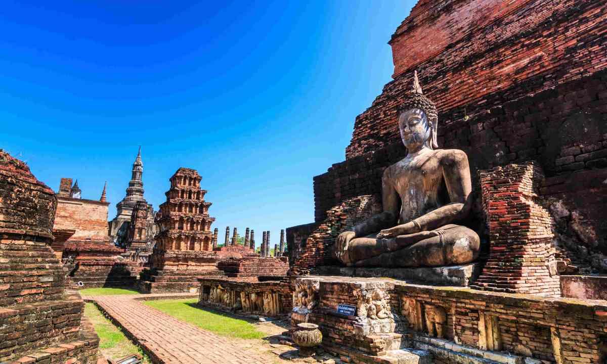 Sukhothai historical park, Thailand (Shutterstock)