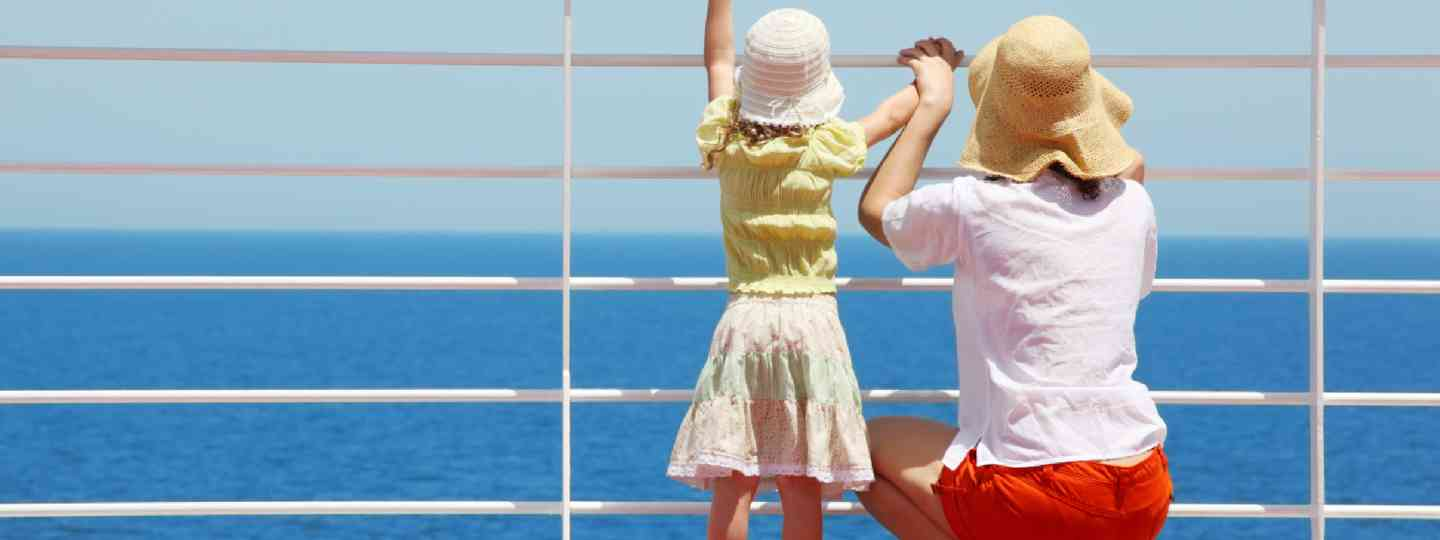 Mother and daughter on a ferry (Shutterstock)