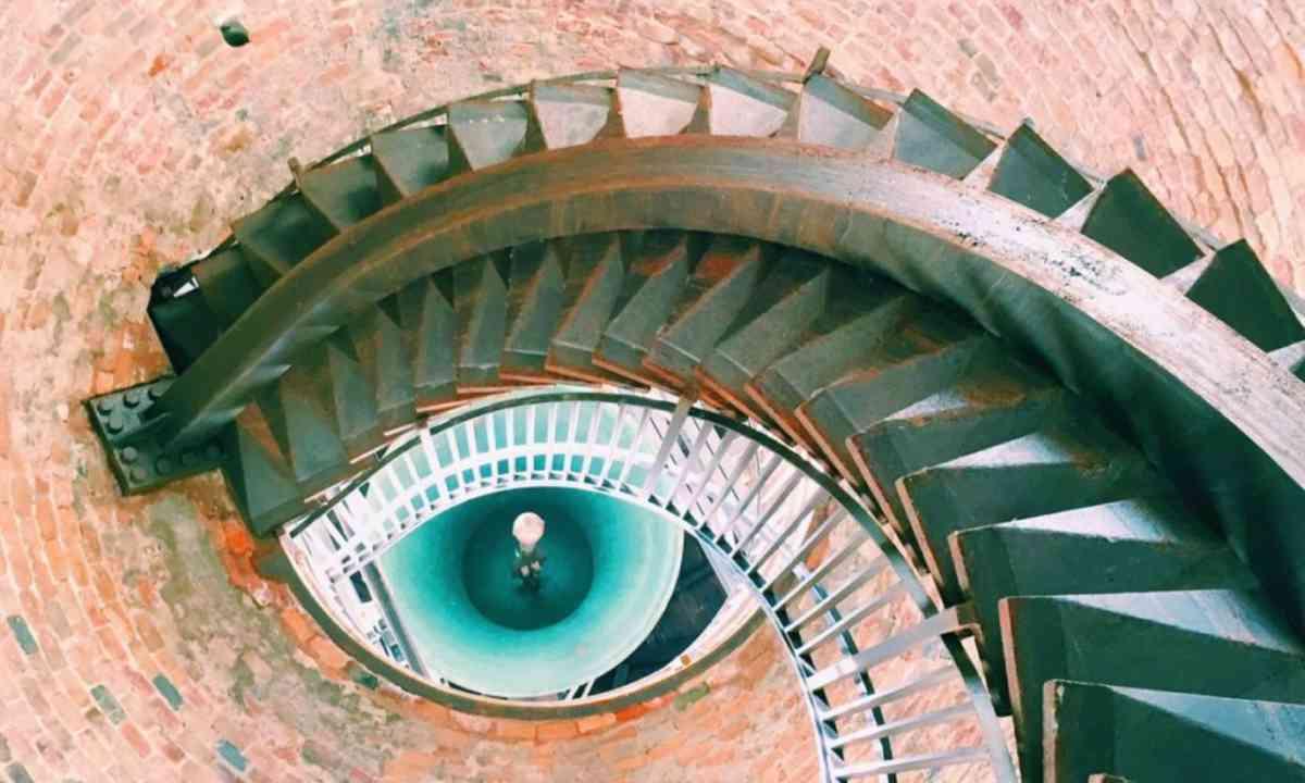 The Eye staircase (Globalmousetravels.com)