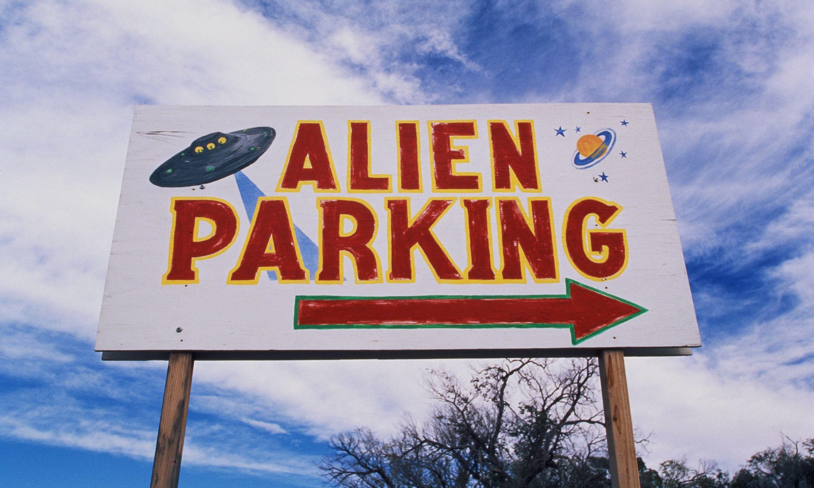 Alien parking lot (Dreamstime)
