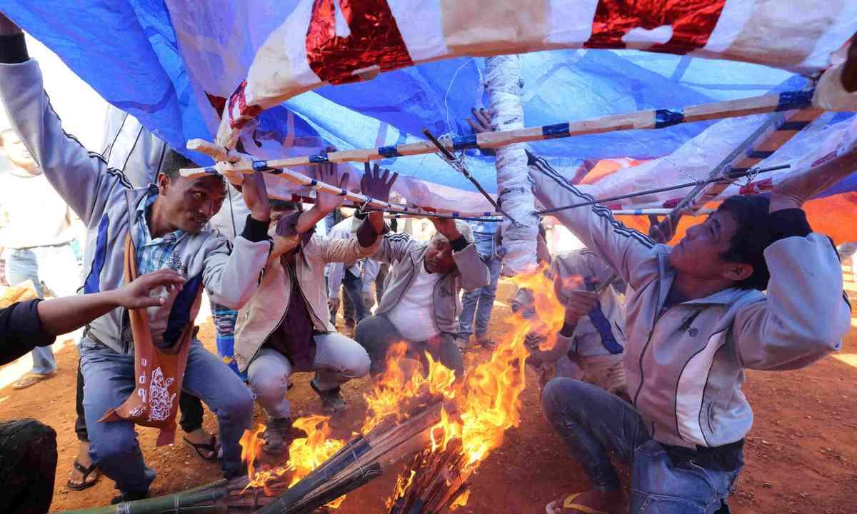 Hot-air ballon festival (Shutterstock)
