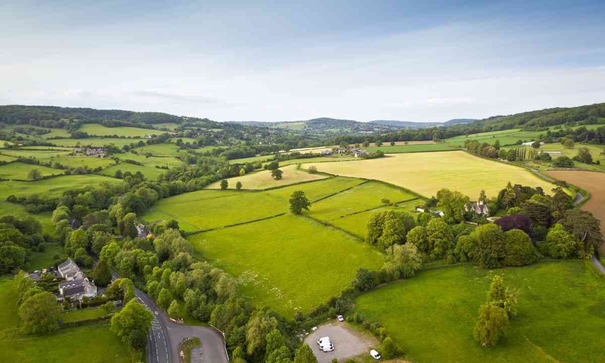 The rolling Cotswold hills (Dreamstime)