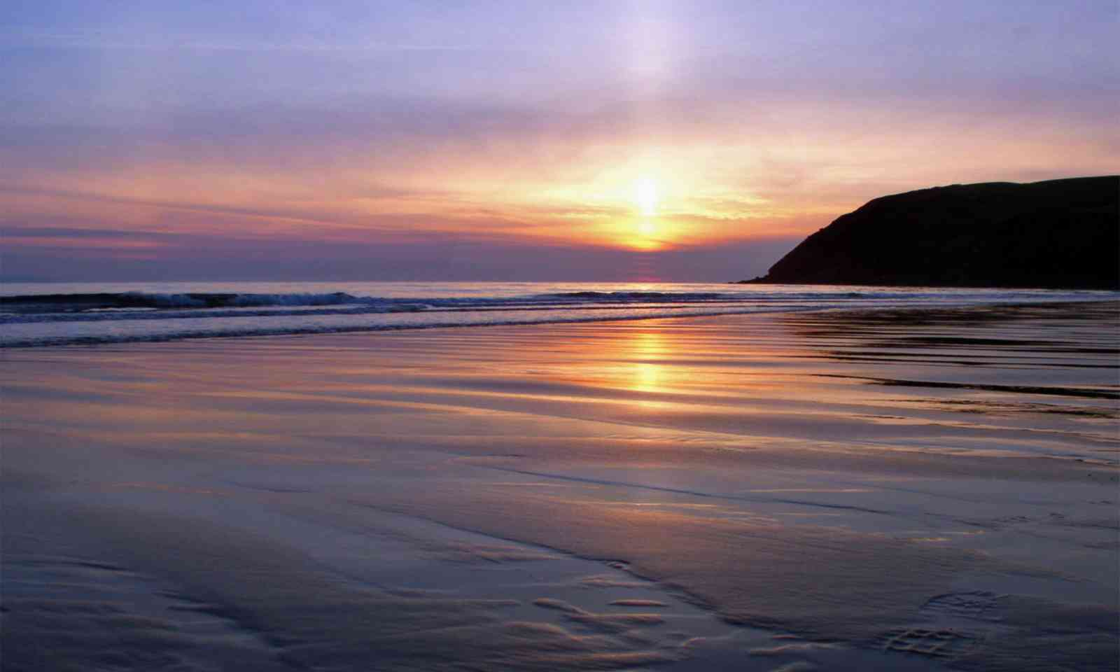 St Bees beach (Dreamstime)