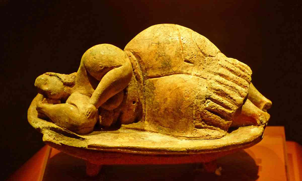 "A sleeping ""Fat Goddess' in Valletta Museum (Dreamstime)"