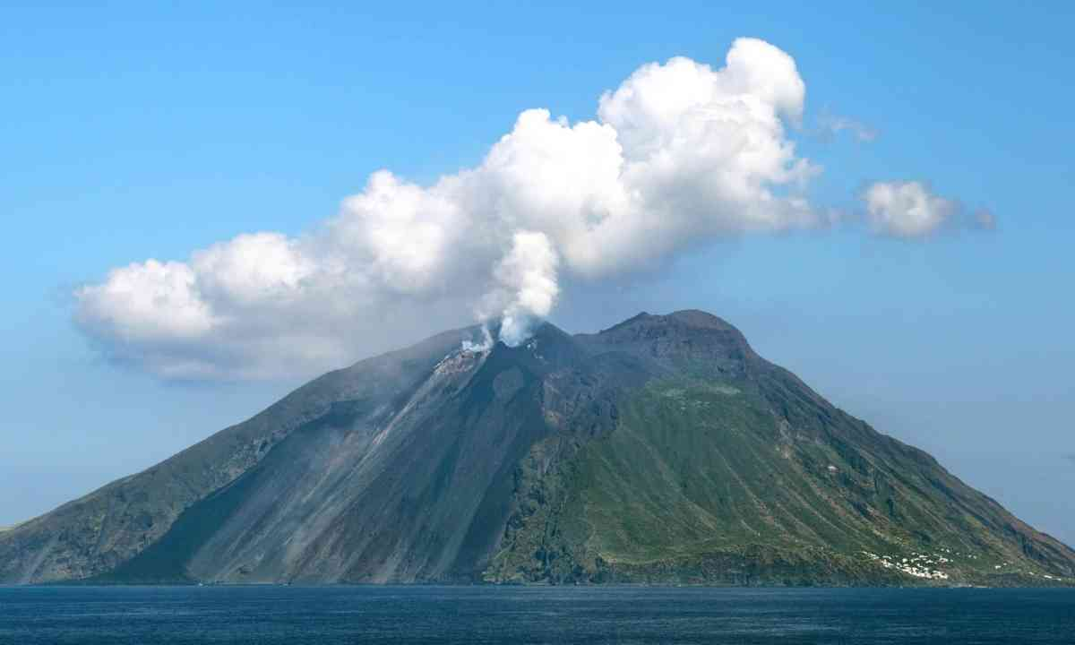Stromboli Volcano, Italy (Shutterstock)