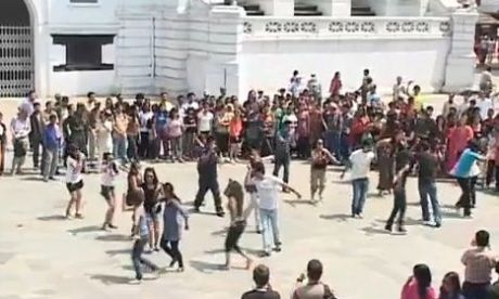 The most interesting flash mob in history 75