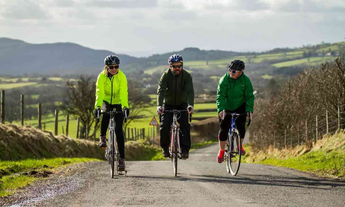 Cycle across the Beacons (Chris Davies Photography)