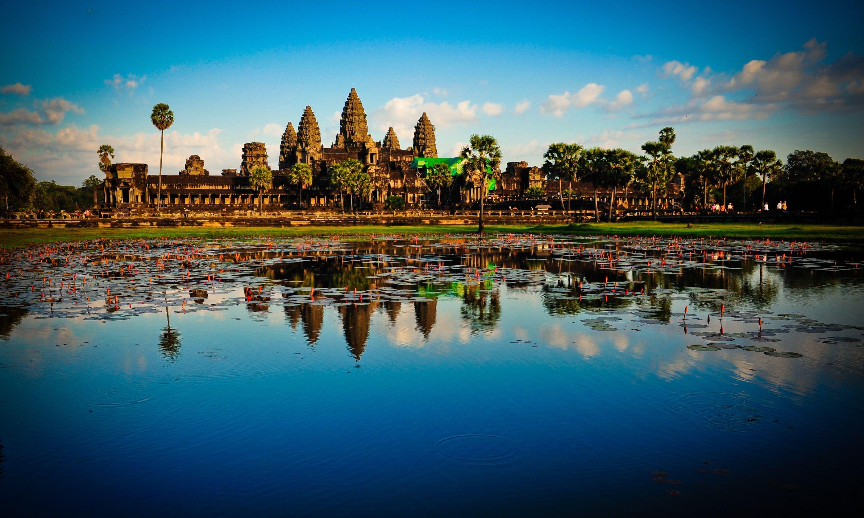 Angkor Wat (Shutterstock.com)