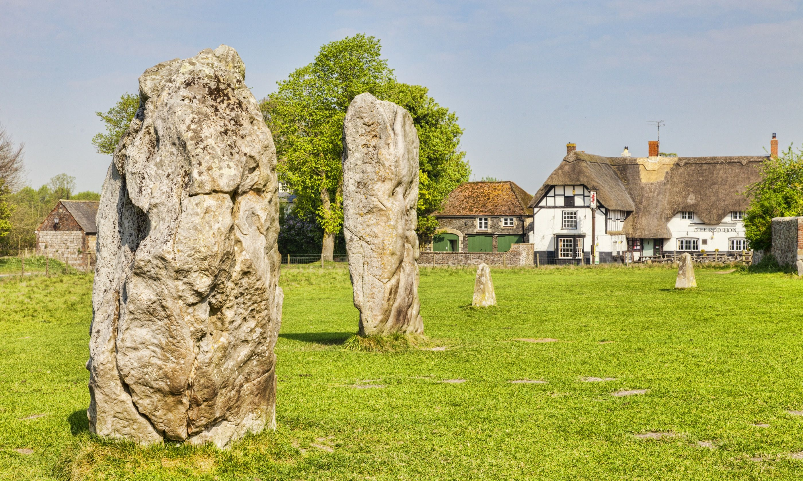 Ancient stone circle in Avebury (Shutterstock.com)