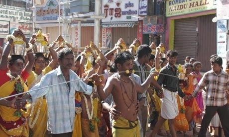 Klvadi procession (Will Gray)