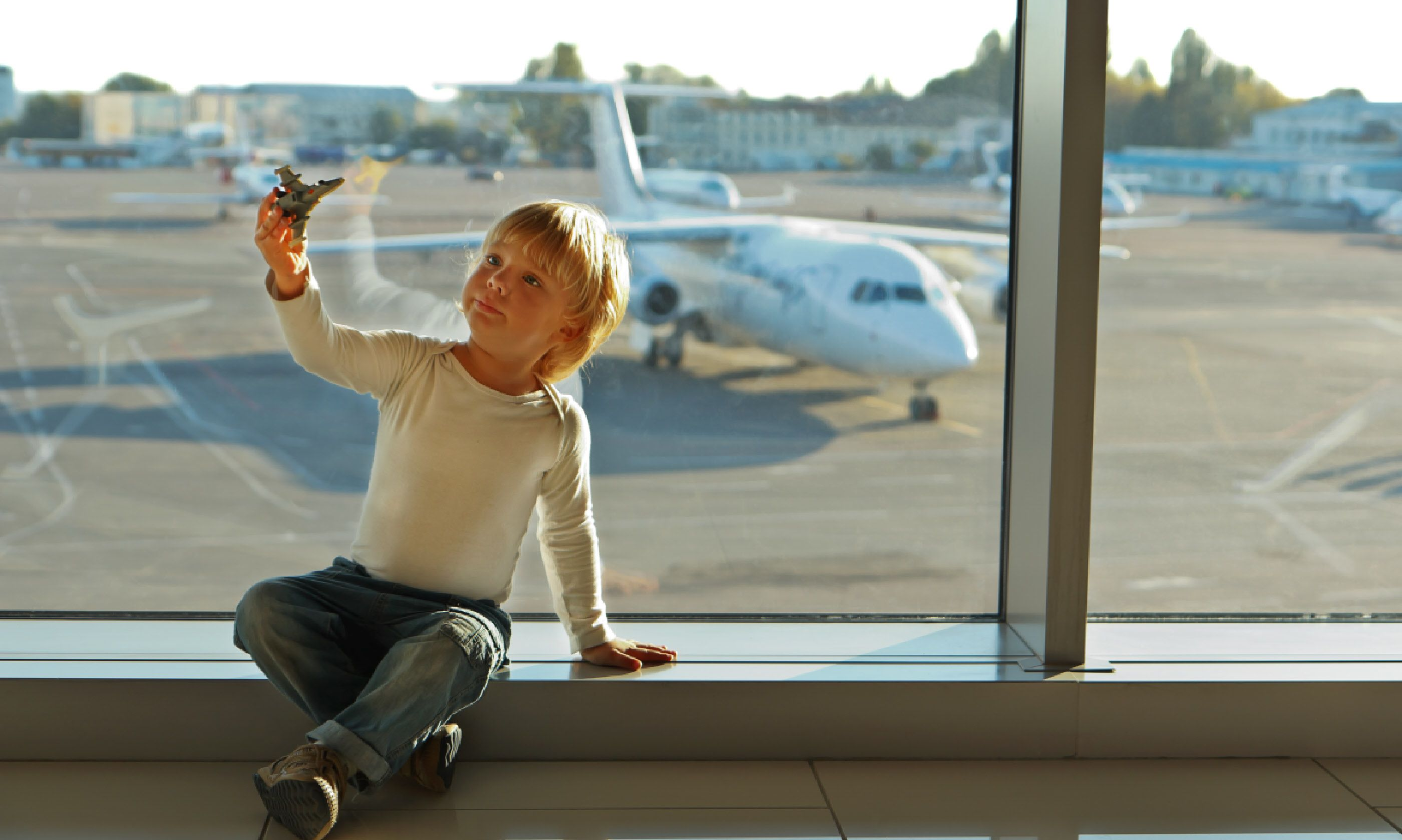 The airport is their playground... (Shutterstock)