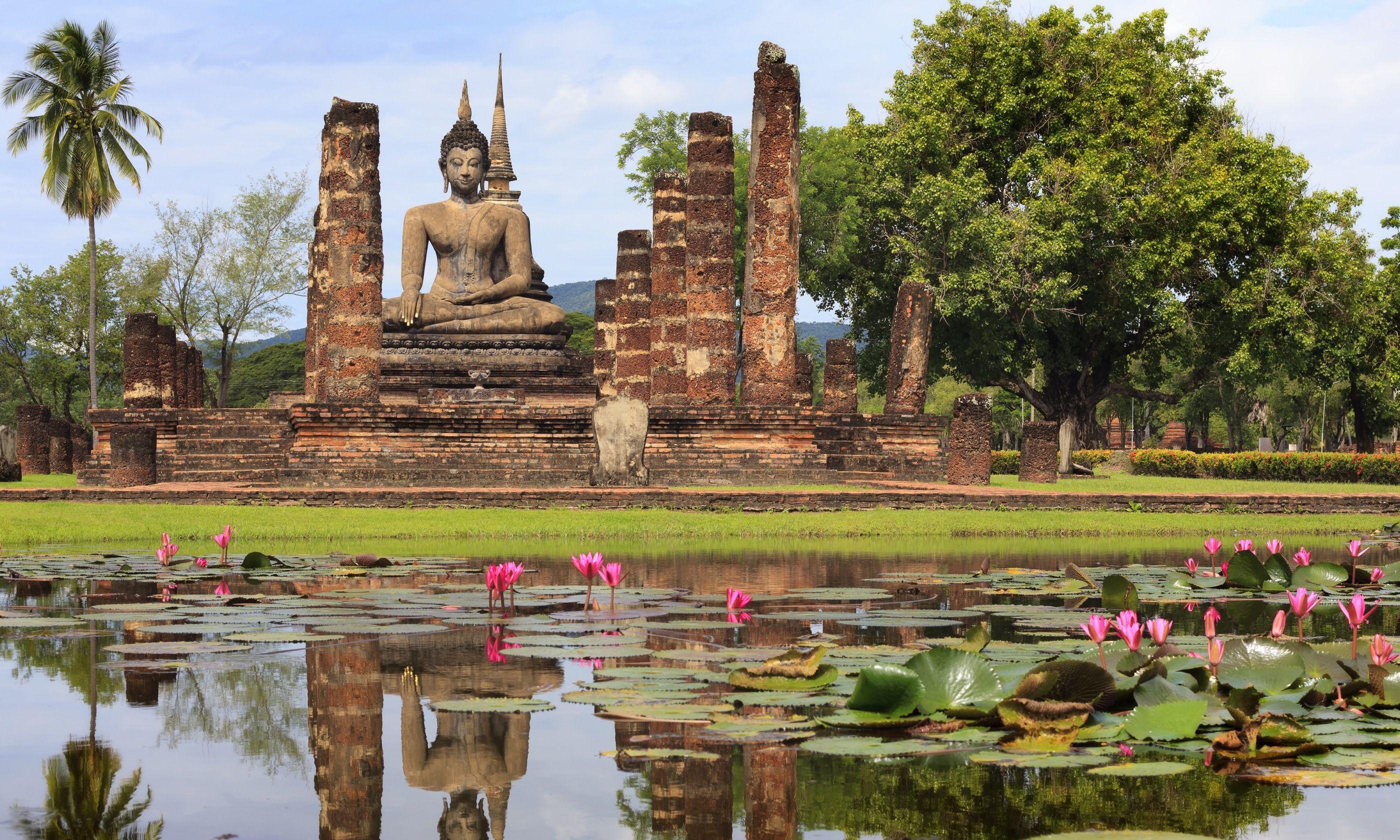 Sukhothai's Historical Park (Dreamstime)