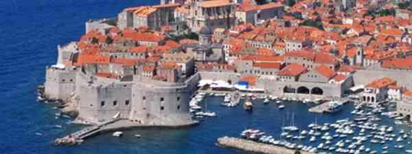 Dubrovnik (dreamstime_l_13320033)