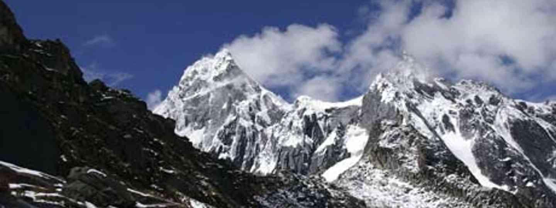 trekking-in-the-cordillera-blanca-peru