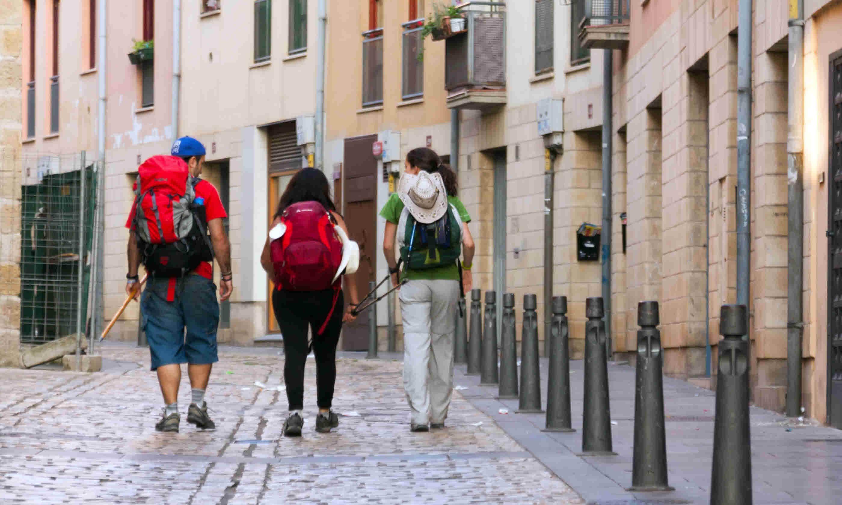 Walking along way of St. James, Camino de Santiago (Dreamstime)