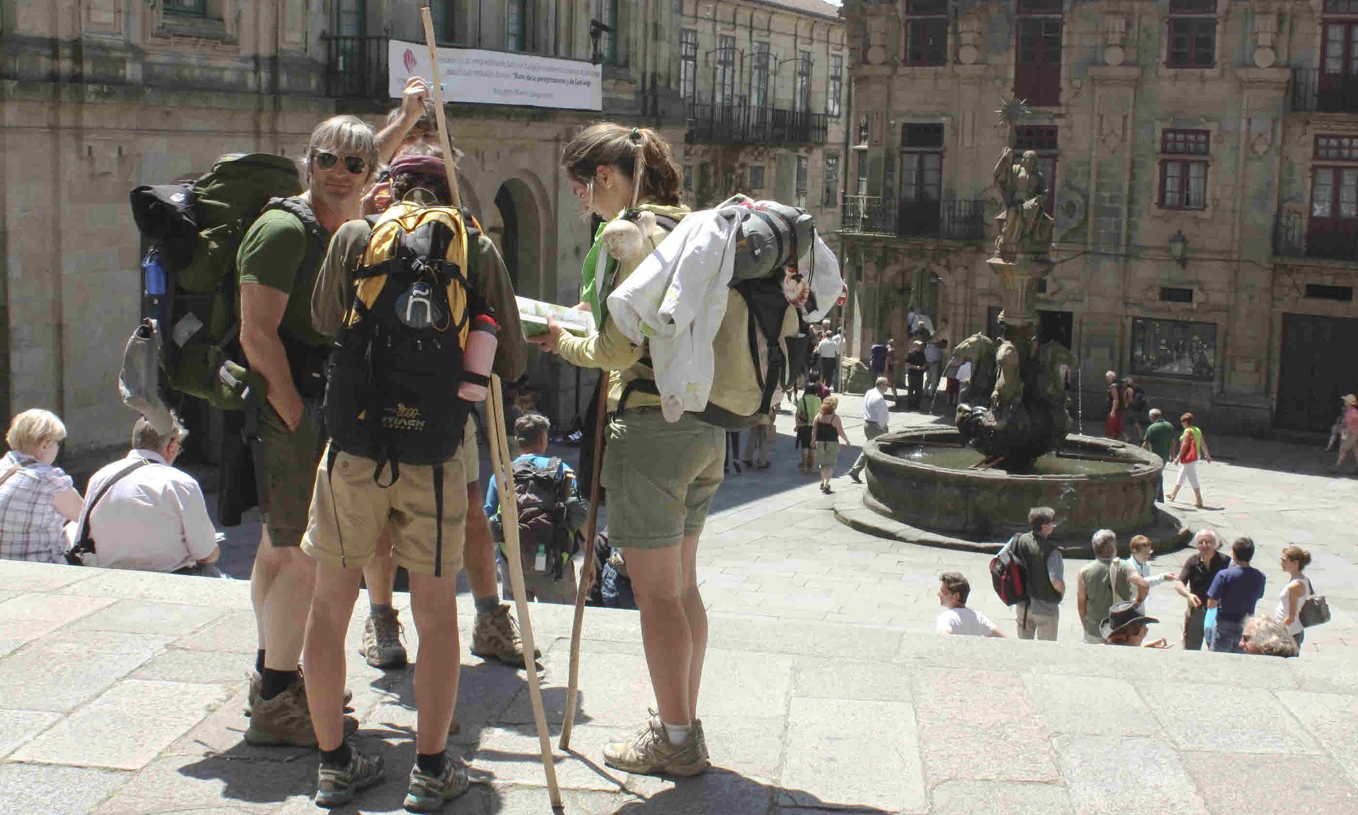 Pilgrims on end the Camino de Santiago (Dreamstime)
