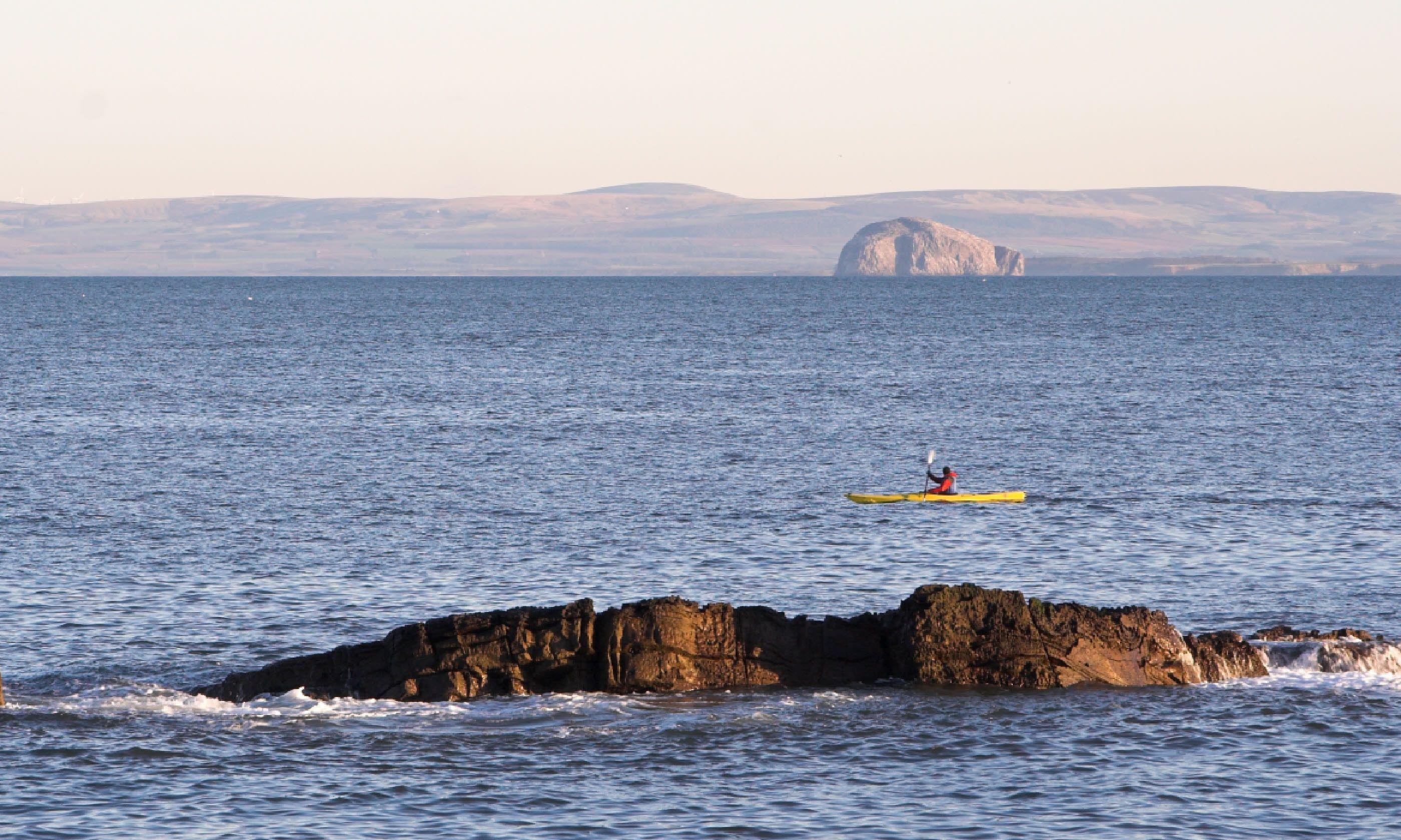 Sea kayaking, Scotland (Shutterstock)