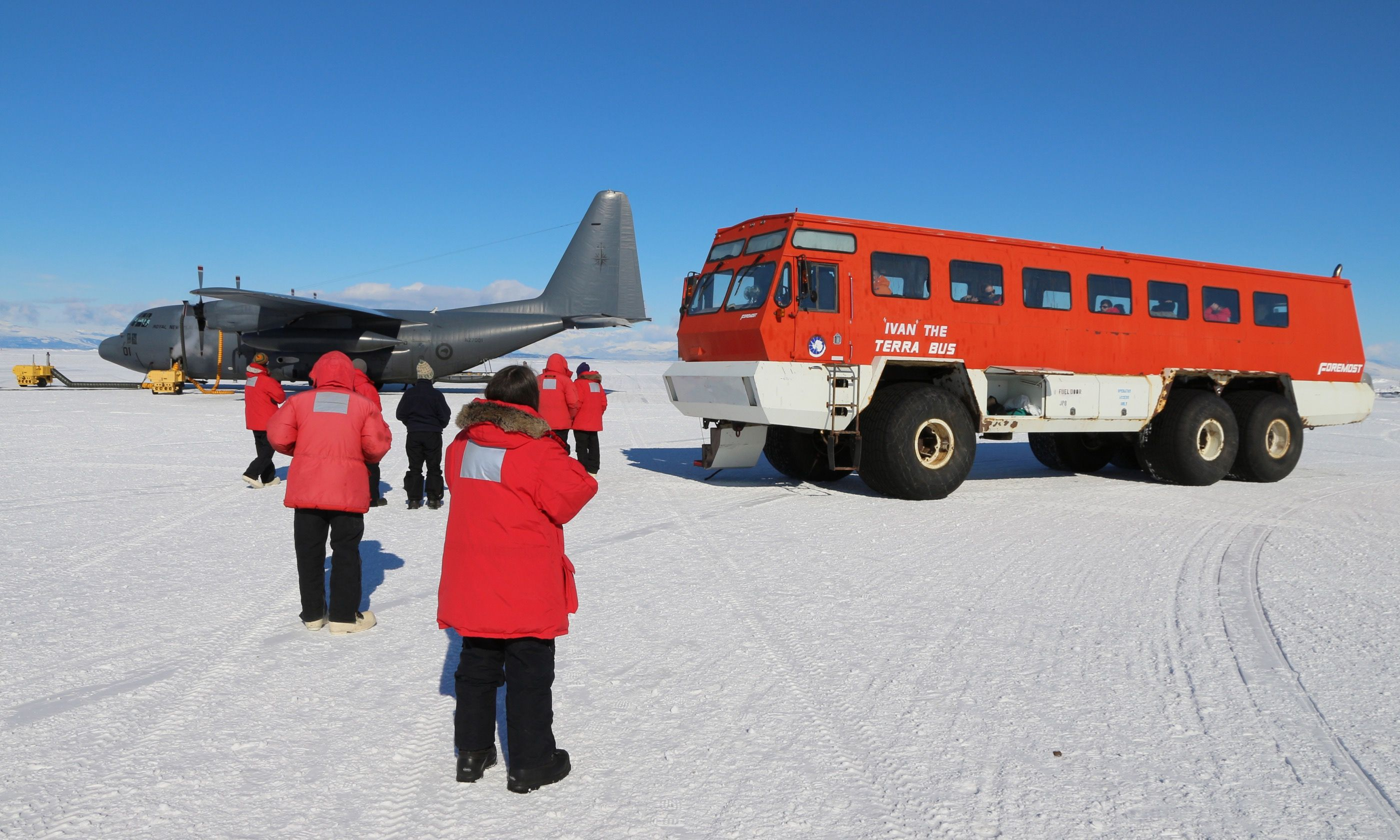 Airport bus, Antarctica (Dreamstime)