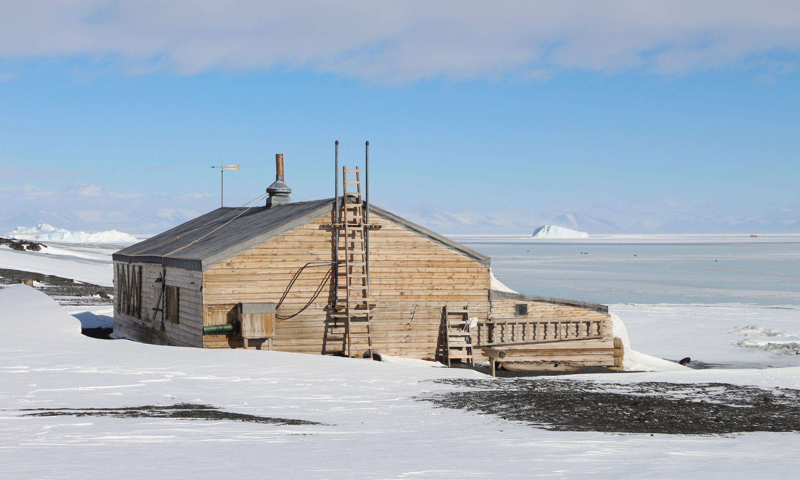 Captain Scott's Hut (Dreamstime)