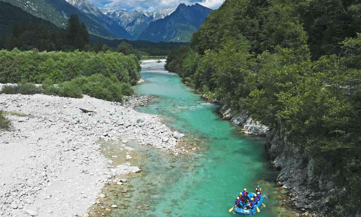 Rafting in Slovenia (Dreamstime)