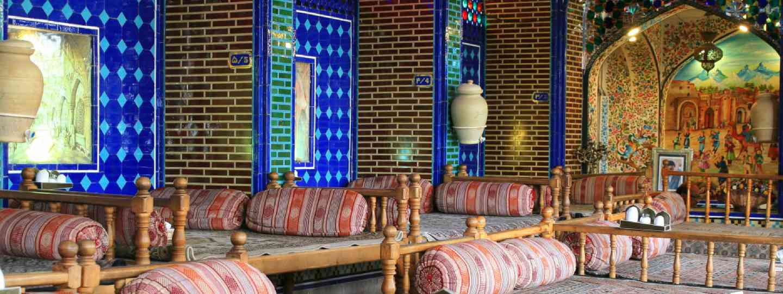 Iranian restaurant in Isfahan (Shutterstock)