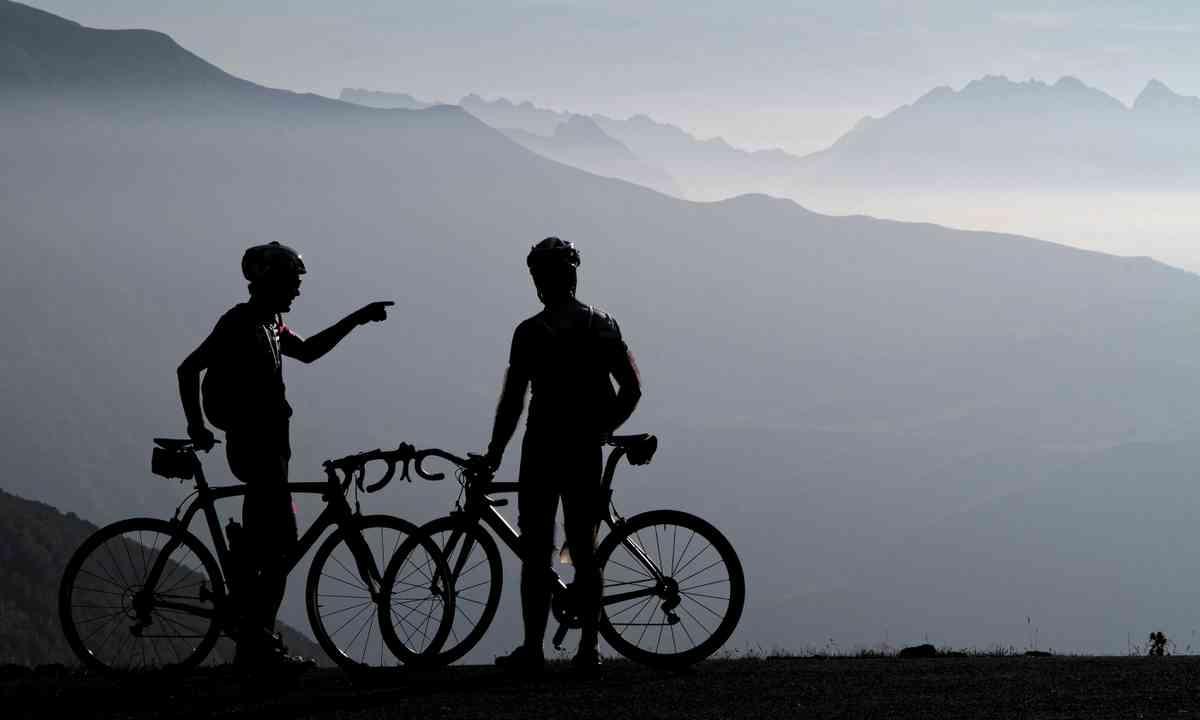 Biking in the Pyrenees (Dreamstime)