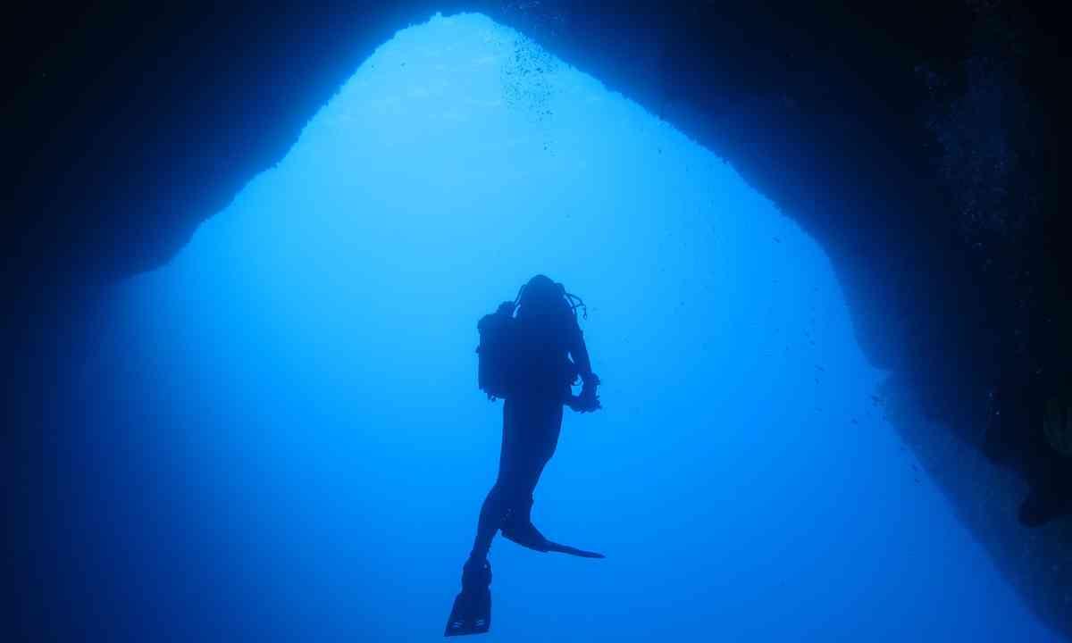 Cavern diving in Malta (Dreamstime)