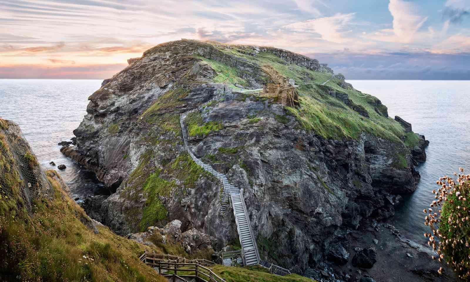 Ruins of Tintagel Castle (Dreamstime)