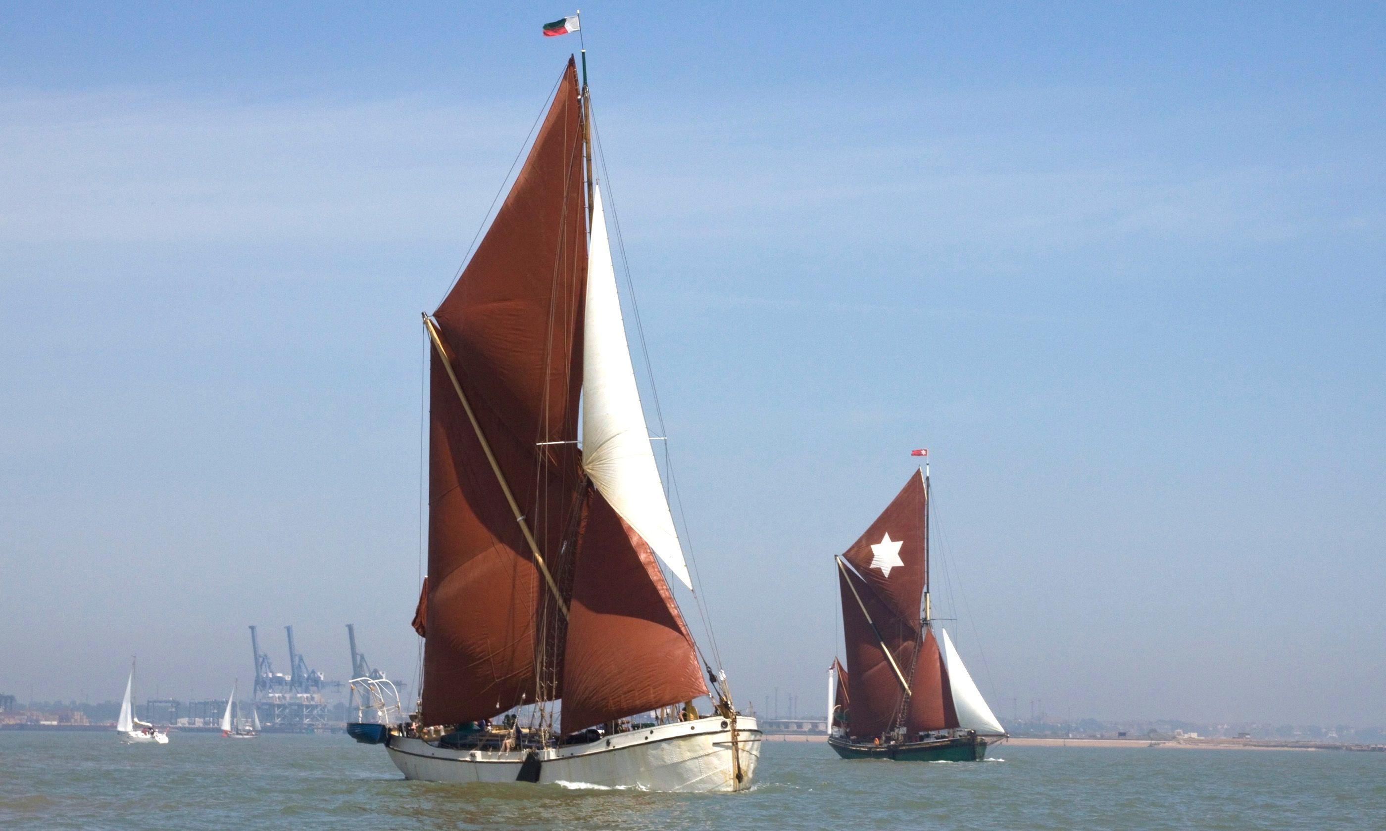 Thames sailing barges (Dreamstime)
