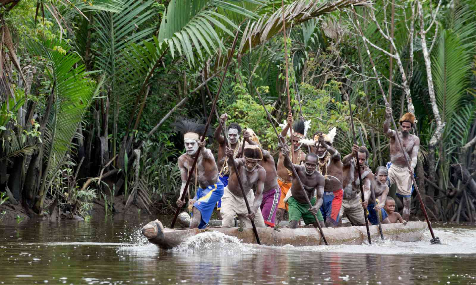 War canoe, Papua New Guinea (Shutterstock)