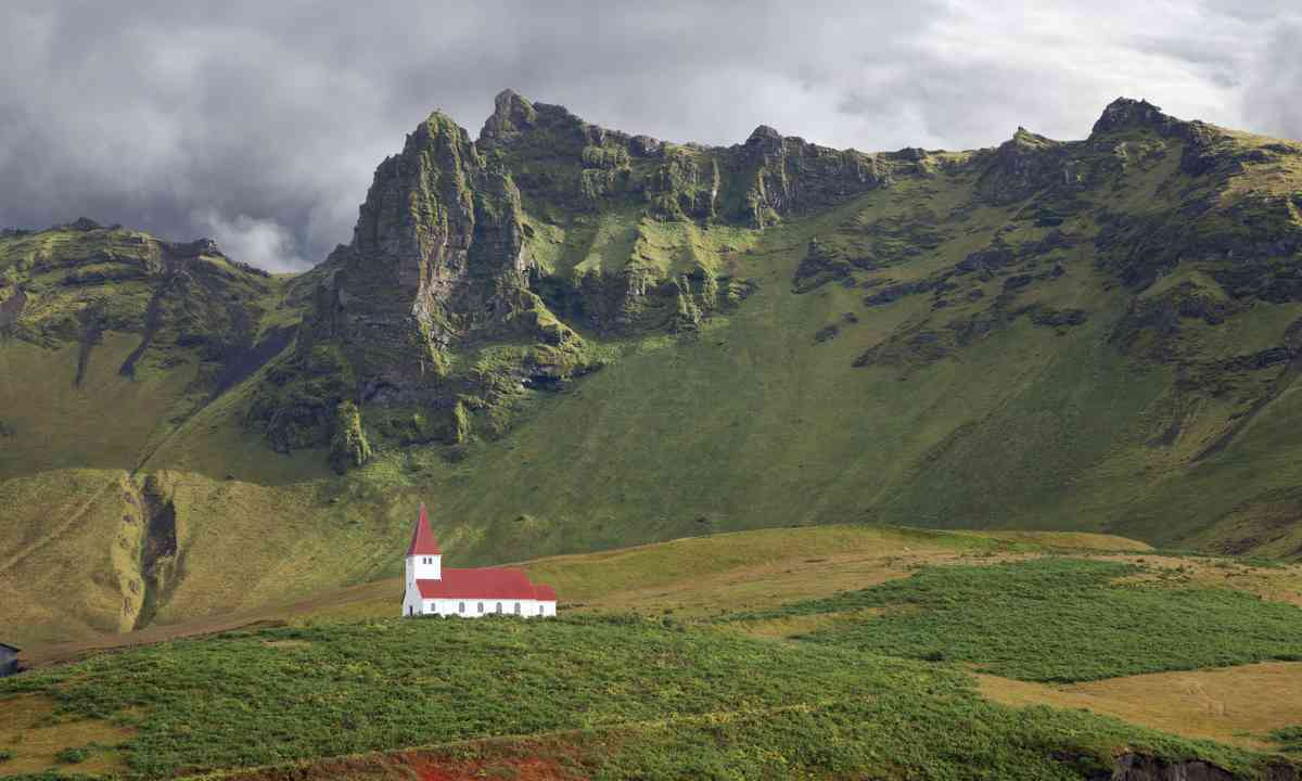 Vik Church, Iceland (Dreamstime)