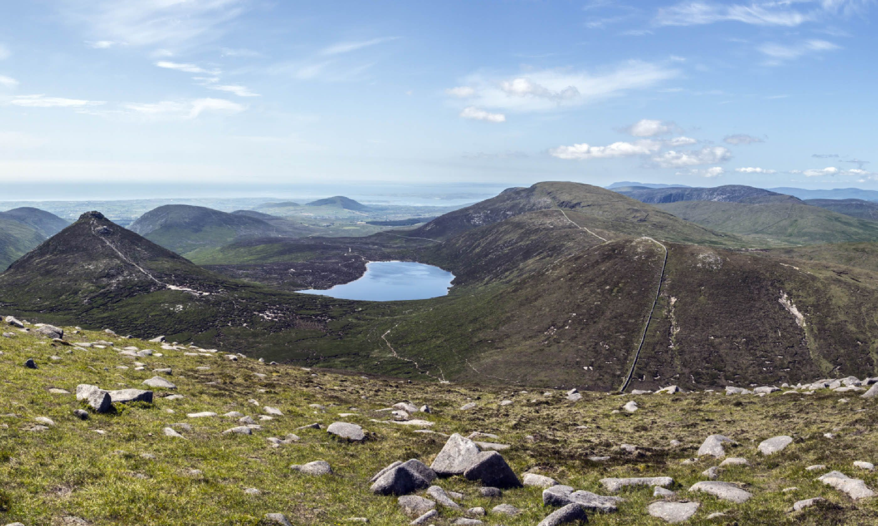 Mourne Mountains in North Ireland (Dreamstime)
