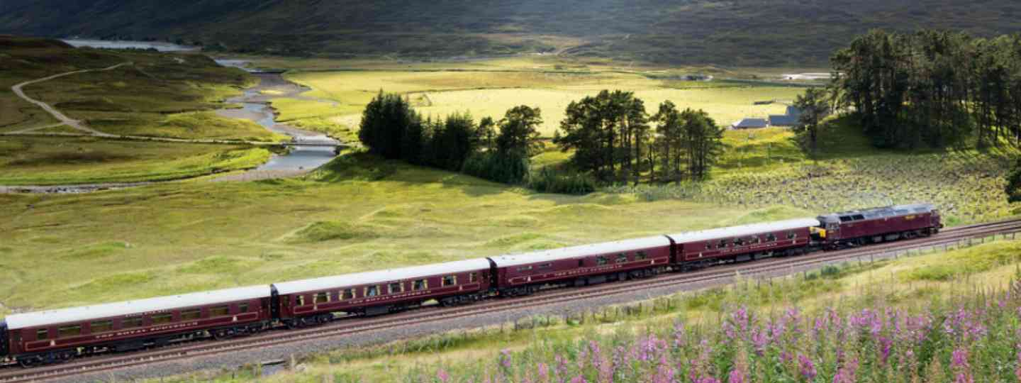 The Royal Scotsman in the Sottish Highlands (Belmond Royal Scotsman)