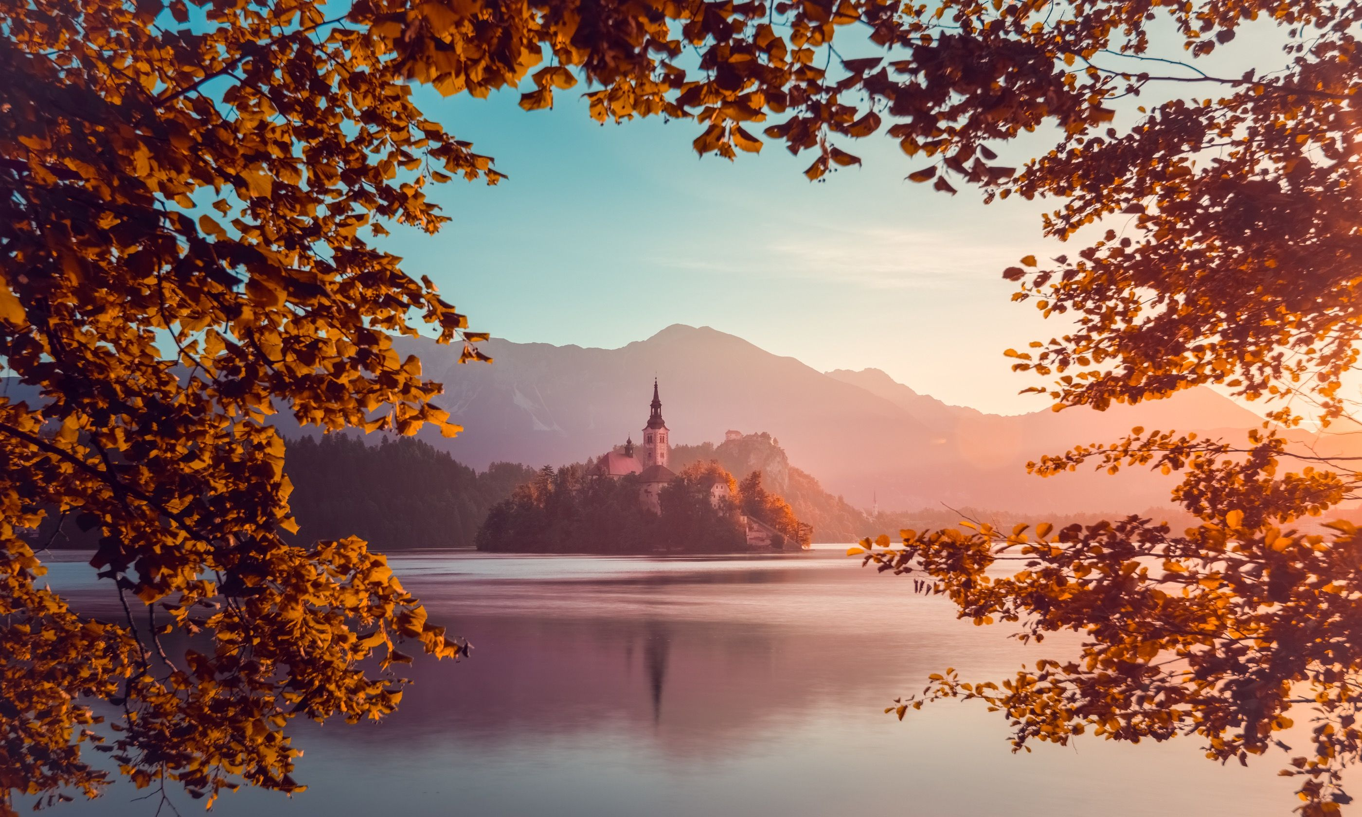 Church of the Assumption on Lake Bled (Dreamstime)