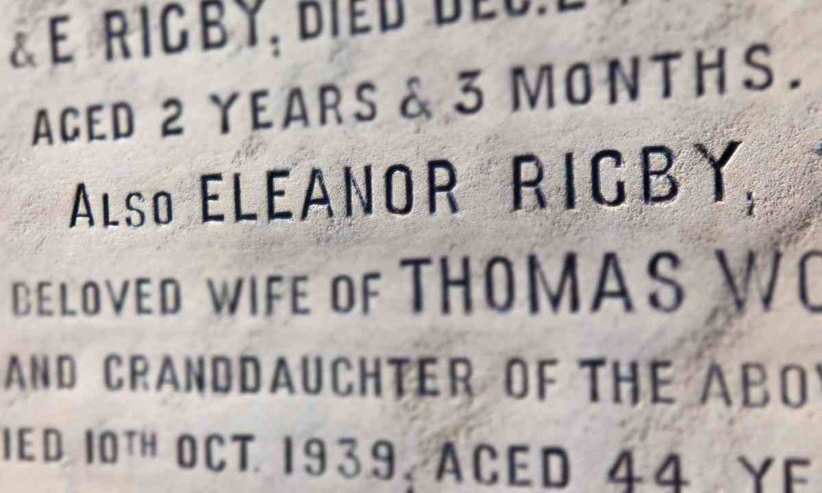 Close-up of Eleanor Rigby's headstone (Dreamstime)