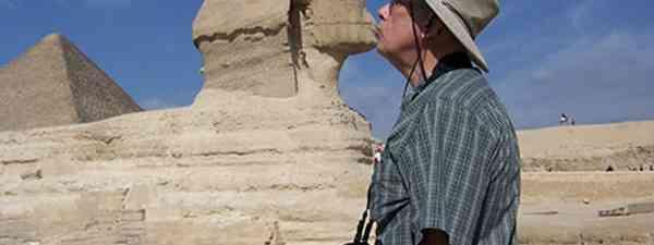 Kissing the Sphinx (jm575)